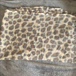 Wilfred Leopard Print Scarf